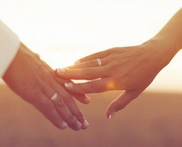 Erkekler için daha iyi bir sevgili olma tüyoları